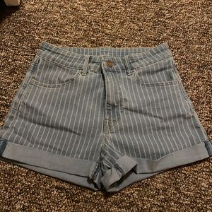 H&M High-waisted Striped Shorts